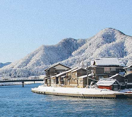 Takeno Beach and Seaside Town