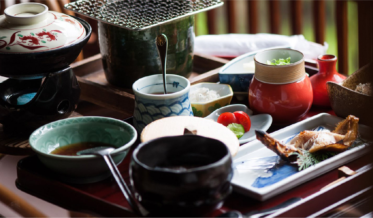 A traditional kaiseki (set course) dinner